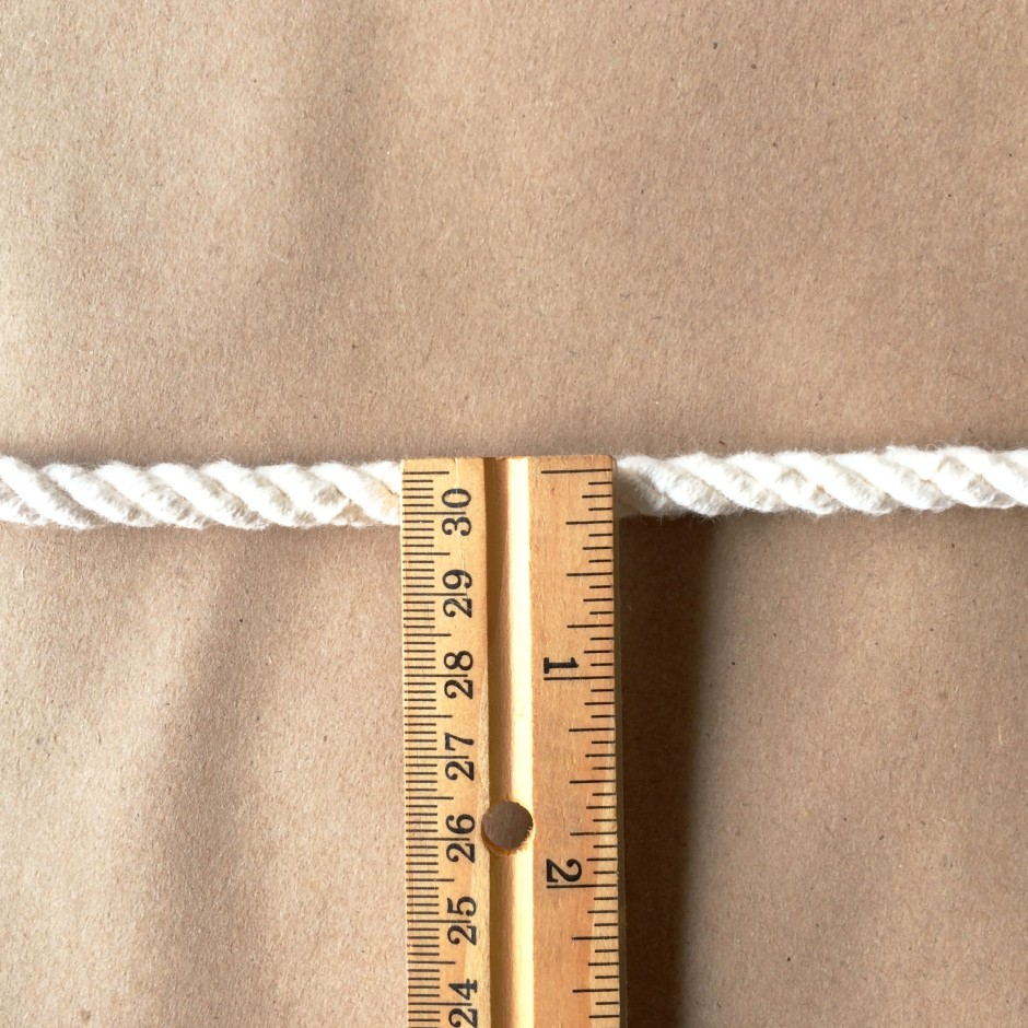 Small cord ruler